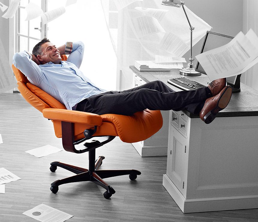 How to Avoid Back Pain in Office