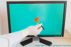 monitor screen cleaning service